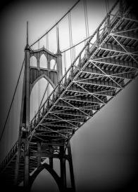 B&W St Johns Bridge